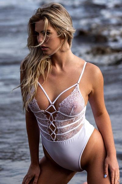 Body string blanc dentelle