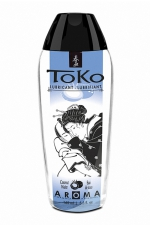 Lubrifiant Toko Aroma - eau de coco : Lubrifiant intime à base d'eau, aromatisé eau de coco, pouvant être léché, par Shunga, le spécialiste du plaisir intime.